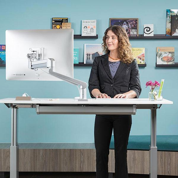 Why Alternate Between Sitting and Standing While you Work
