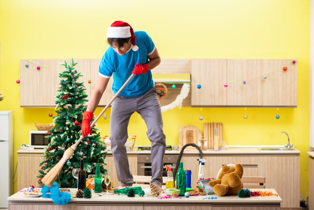 Cleaning up your office before Christmas